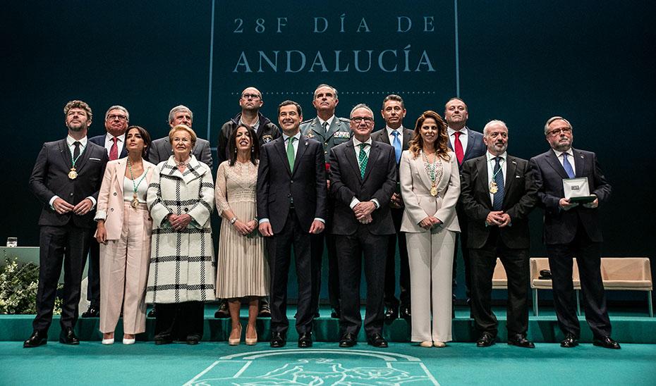 Entrega de las distinciones de Hijo predilecto y Medallas de Andalucia en el Teatro de la Maestranza