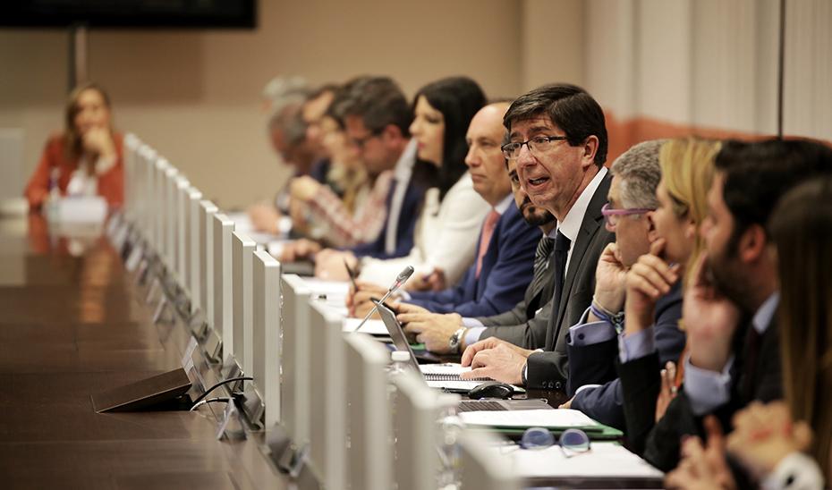El vicepresidente de la Junta, Juan Marín, en el Consejo Andaluz de Turismo