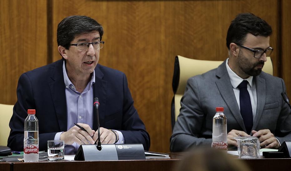El vicepresidente, Juan Marín, interviene en la comisión parlamentaria de Turismo, Regeneración, Justicia y Administración Local.
