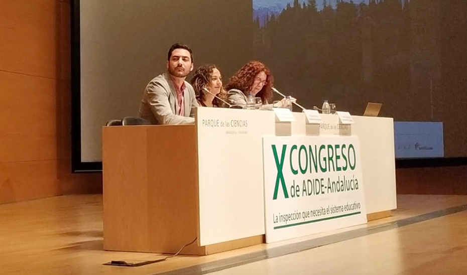 La viceconsejera de Educación, Marta Escrivá, en el congreso de ADIDE.