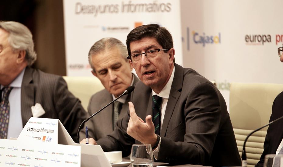 El vicepresidente de la Junta, Juan Marín, confirmó en los desayunos informativo de Europa Press, que antes del 2 de mayo llegará al Consejo de Gobierno la limitación de mandatos a ocho años.