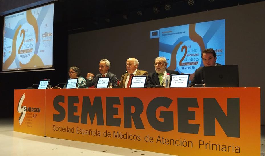 El consejero de Salud y Familias, Jesús Aguirre, durante su intervención en Semergen