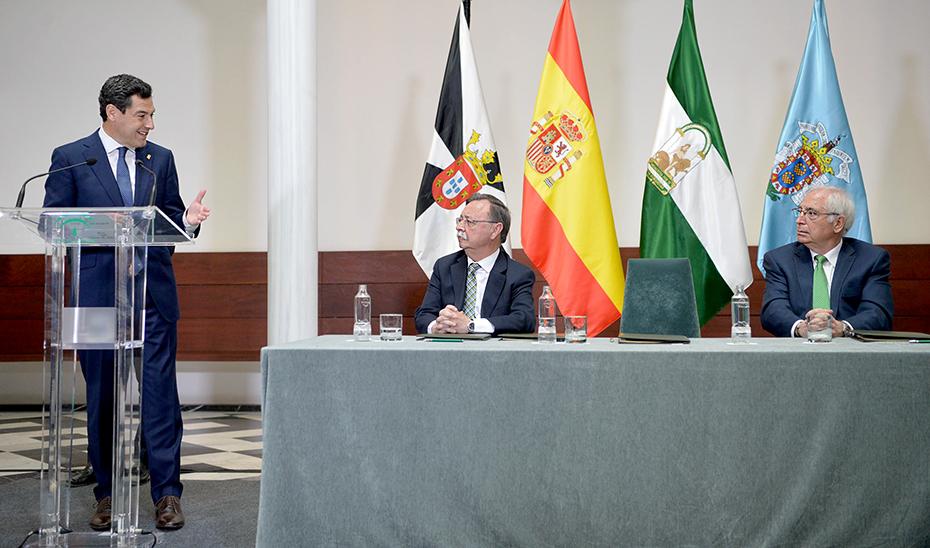 Firma del convenio de colaboración entre la Junta de Andalucía y las ciudades autónomas de Ceuta y Melilla (vídeo íntegro)