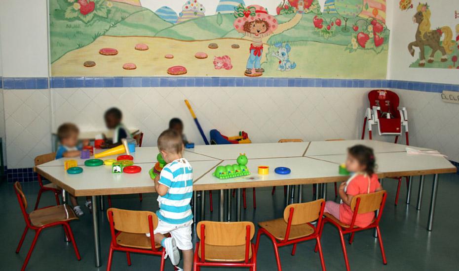 Niños de Educación Infantil en un colegio de la Junta.