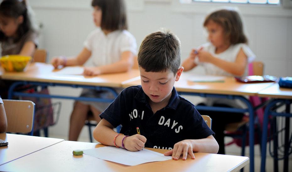 Las familias podrán inscribir a sus hijos desde casa mediante un proceso telemático sencillo a través de la web de Educación.