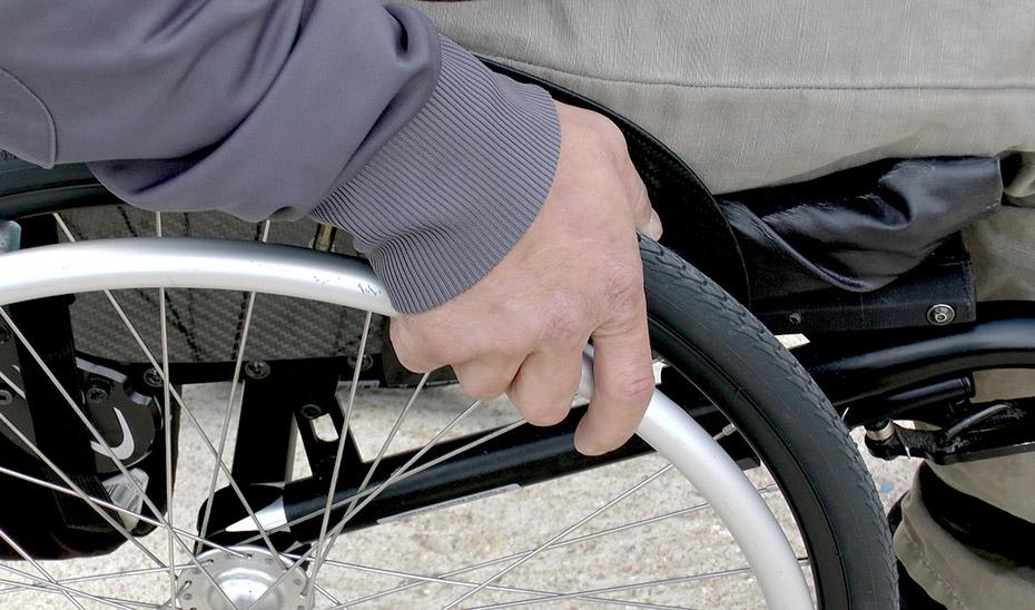 Las personas con movilidad reducida se encuentran entre los beneficiarios de las ayudas.