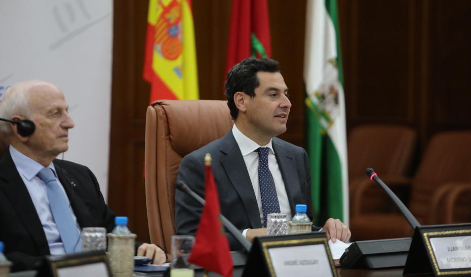Moreno destaca el apoyo del Gobierno andaluz a la Fundación Tres Culturas y reconoce su labor de llamada al entendimiento