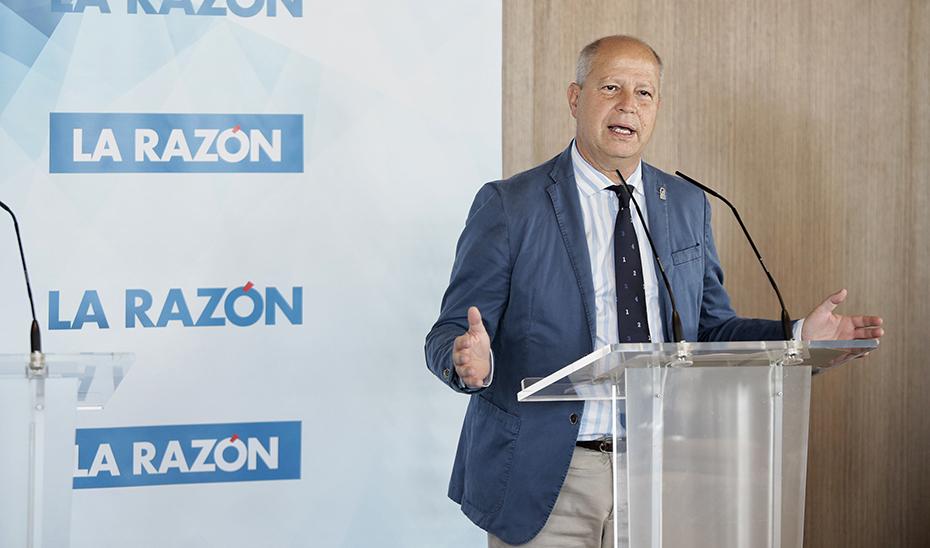 El consejero de Educación y Deporte, Javier Imbroda, durante su intervención.