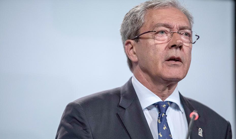 Velasco anuncia que la Junta mantendrá los precios públicos de las universidades andaluzas