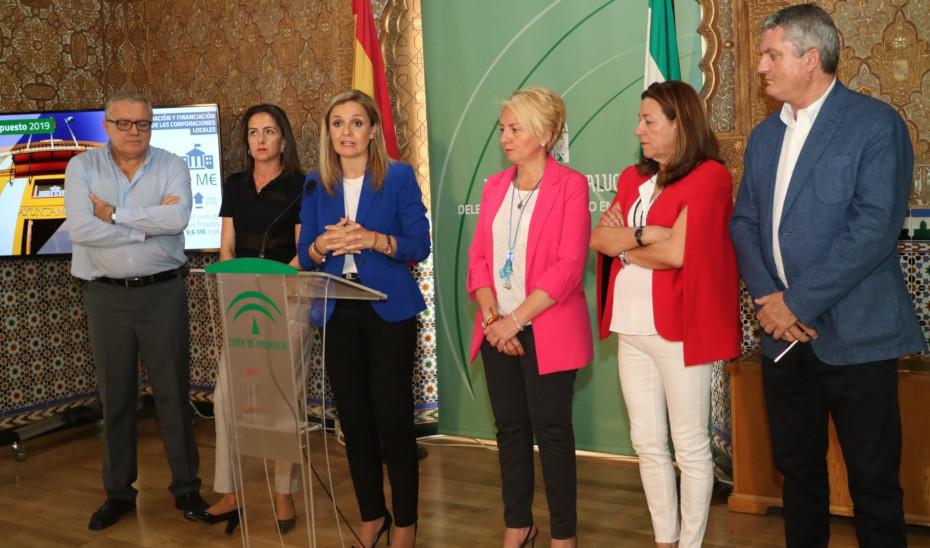 La delegado del Gobierno de la Junta de Andalucía en Almería, Maribel Sánchez, presenta los presupuesto de 2019.