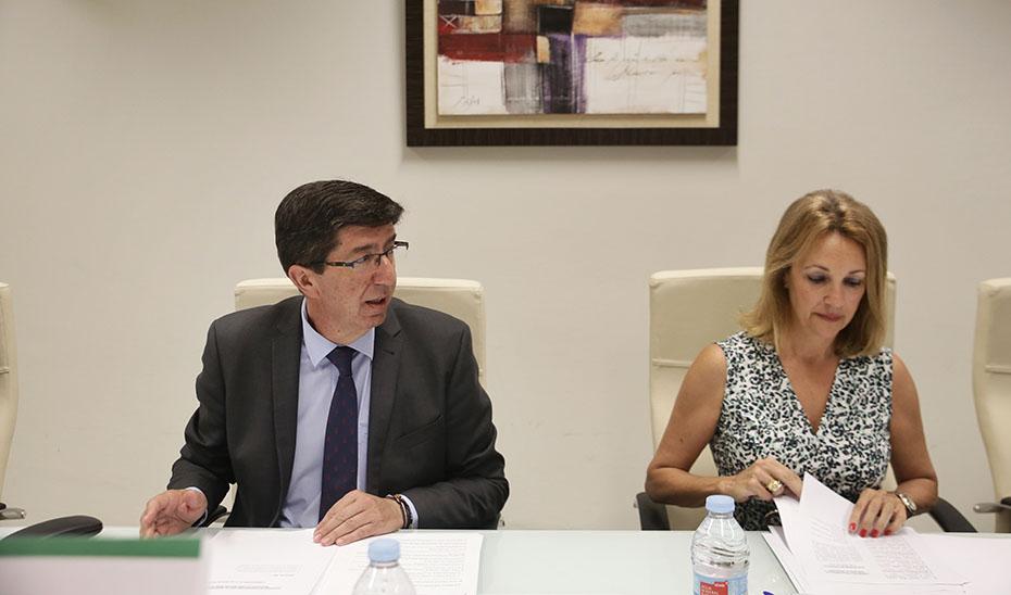 Juan Marín preside la reunión del patronato de la Fundación Mediara para aprobar su liquidación