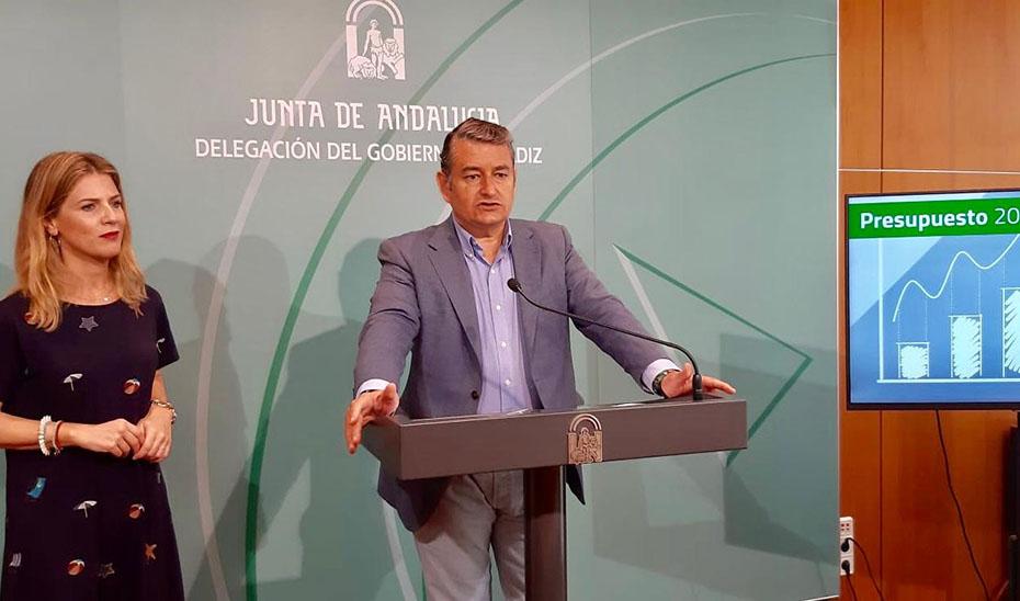 """El viceconsejero de la Presidencia presenta los presupuestos de la Junta para Cádiz, unas cuentas """"rigurosas y creíbles"""""""