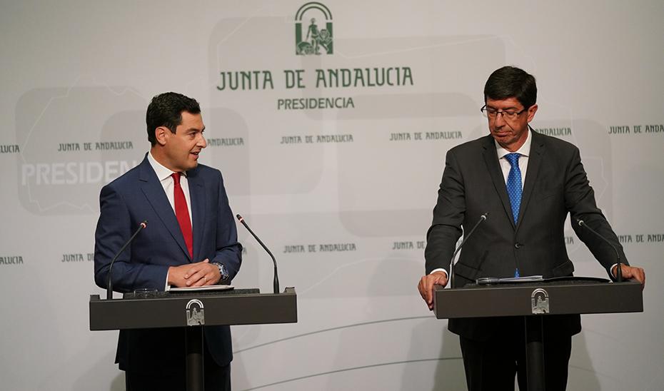 Intervención de Juanma Moreno y Juan Marín durante su comparecencia informativa posterior al Consejo de Gobierno