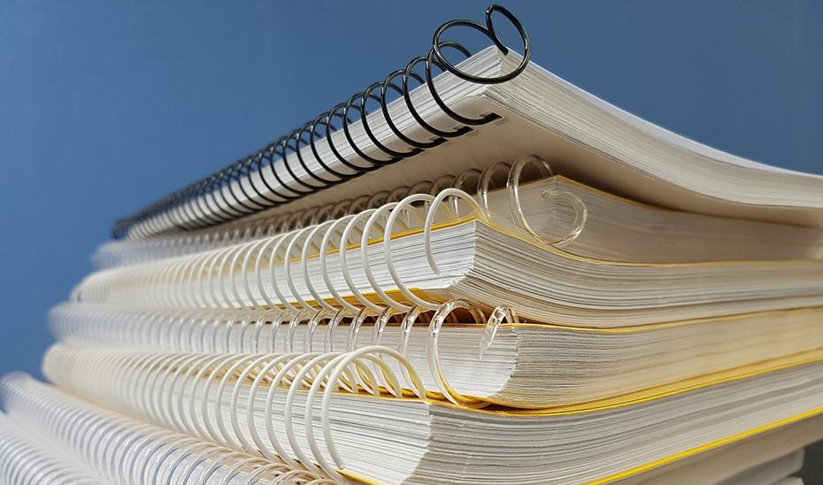 Las academias deben estar autorizadas administrativamente y contar con folletos informativos detallados hasta finalizar el curso.