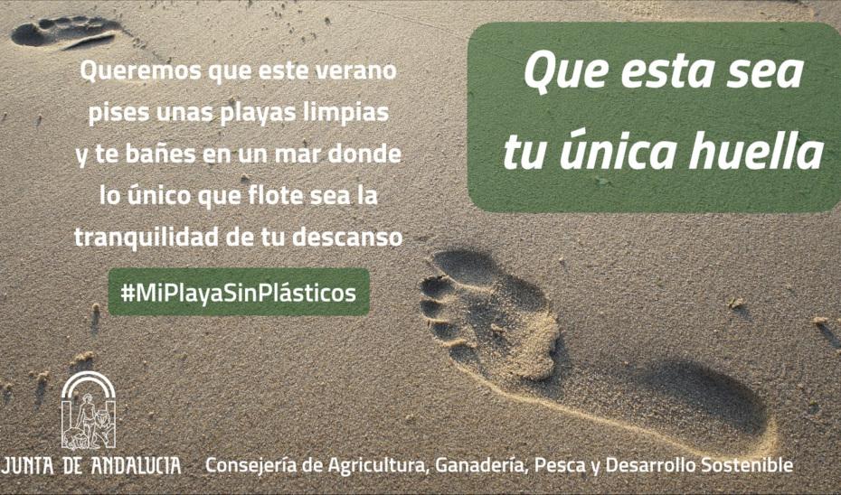 Campaña en redes sociales para concienciar sobre el daño ambiental de los plásticos en las playas de Andalucía.