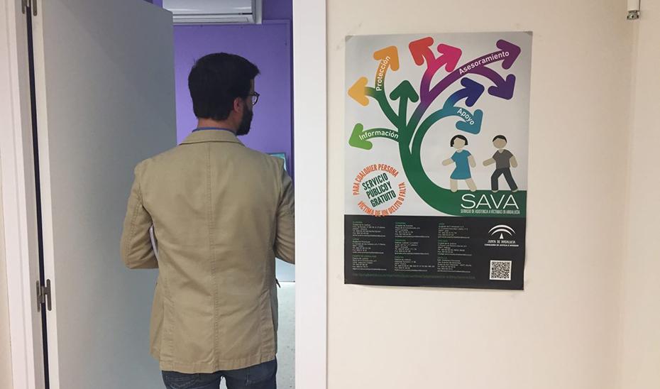 Puerta de acceso al servicio SAVA en uno de los juzgados donde se hallan.