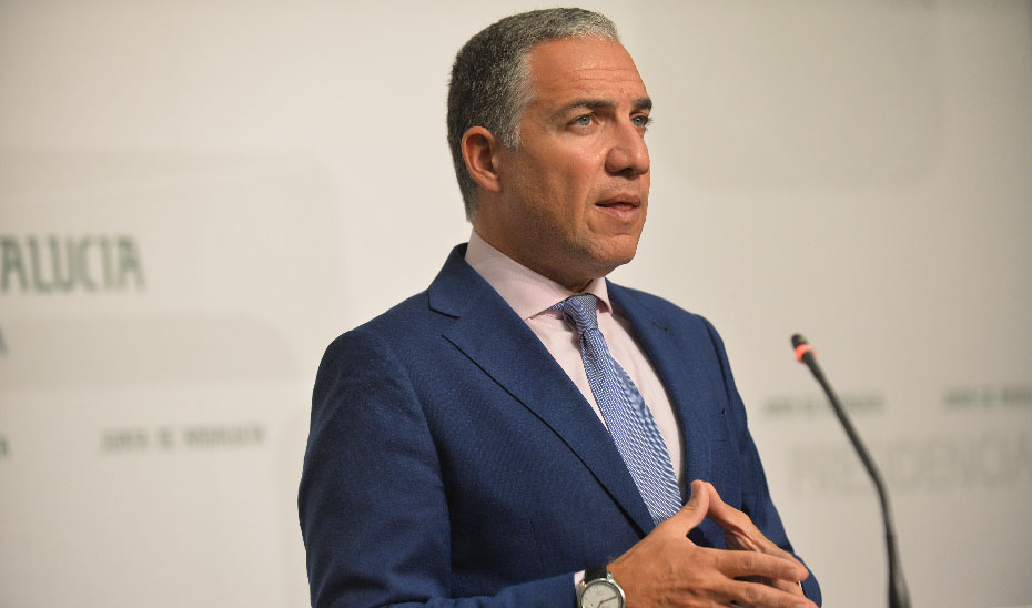 El portavoz explica que el Gobierno andaluz aumentará la dotación para el programa de Respiro Familiar
