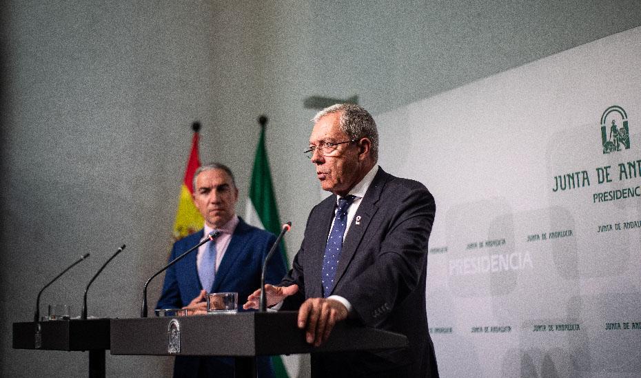 Bendodo y Velasco explican las medidas que el Gobierno andaluz pondrá en marcha frente al Brexit