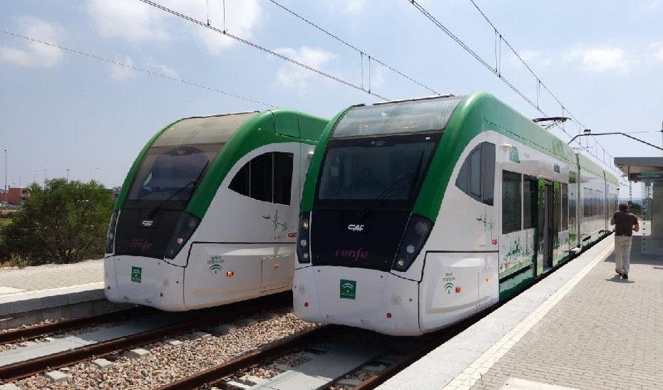 Trenes del tranvía de la Bahía de Cádiz.