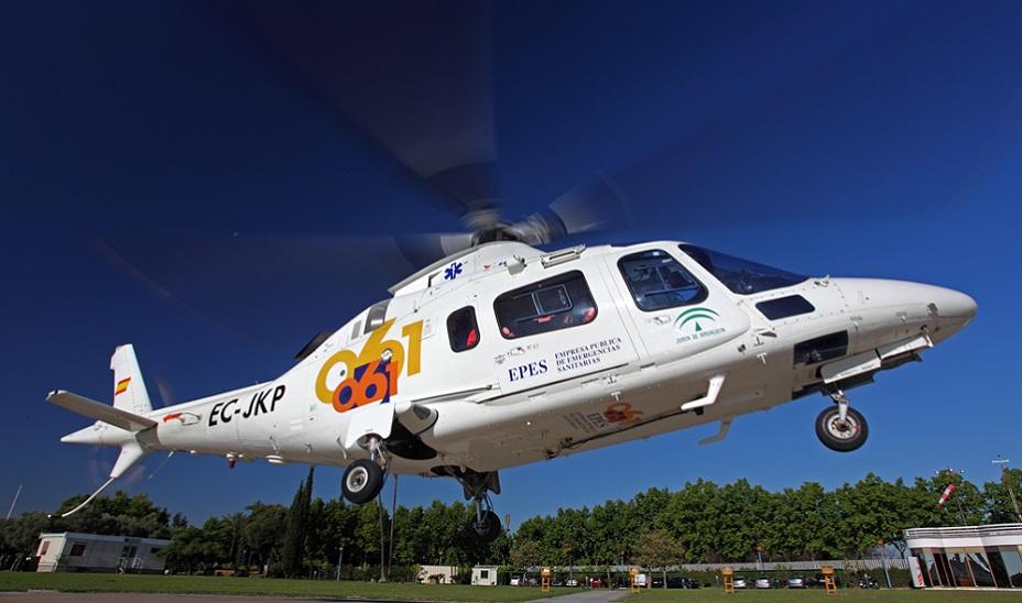 Imagen de archivo de un helicóptero de los servicios sanitarios.