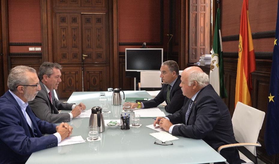 Un momento de la reunión celebrada en Sevilla.
