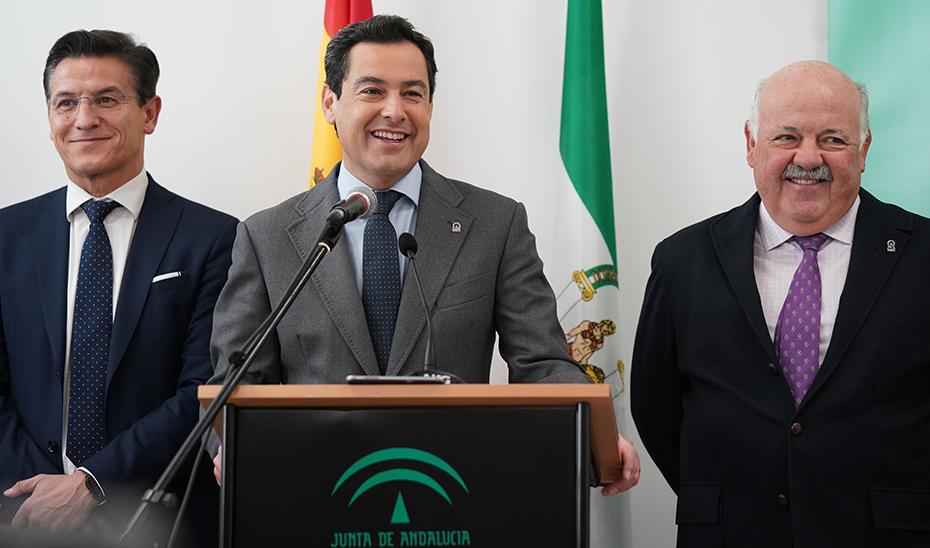 Intervención de Juanma Moreno en la inauguración en Granada del Centro de Salud Bola de Oro