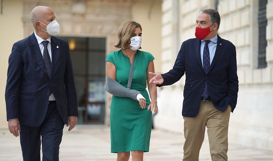 Los consejeros Imbroda, Blanco y Bendodo, en Málaga, donde han presentado el plan \u0027Andalucía en Marcha\u0027.