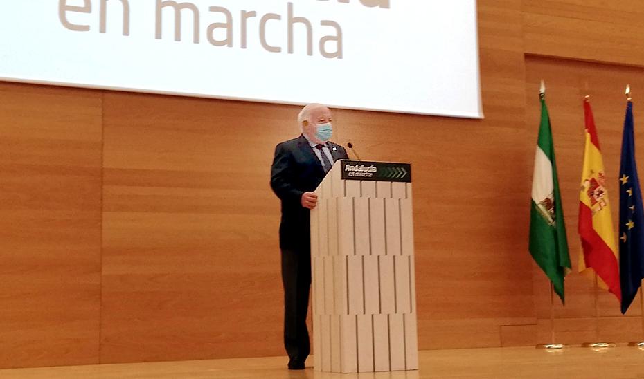 El consejero e Salud y Familias, Jesús Aguirre, durante la presentación del Plan Andalucía en Marcha en Córdoba.
