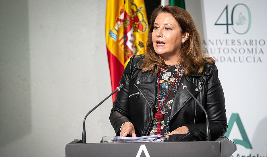Crespo anuncia el inicio de la tramitación de la Ley del Estatuto de las mujeres rurales y del mar de Andalucía