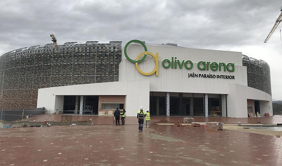 Vista desde el exterior del nuevo complejo deportivo de Jaén.