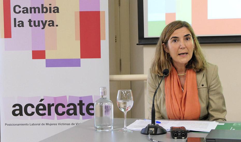 La consejera de Empleo, Formación y Trabajo Autónomo, Rocío Blanco, durante su intervención.