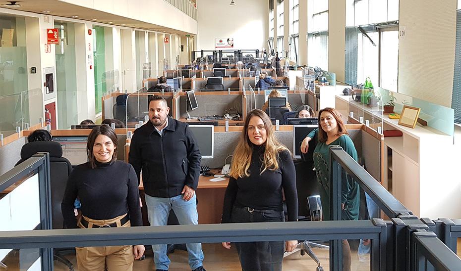 Algunos de los 'héroes' del servicio de teleasistencia de la Junta de Andalucía.