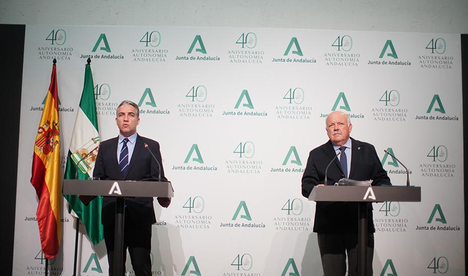 Comparencia informativa de Elías Bendodo y Jesús Aguirre tras la reunión del Gabinete de Crisis por el coronavirus (audio íntegro)