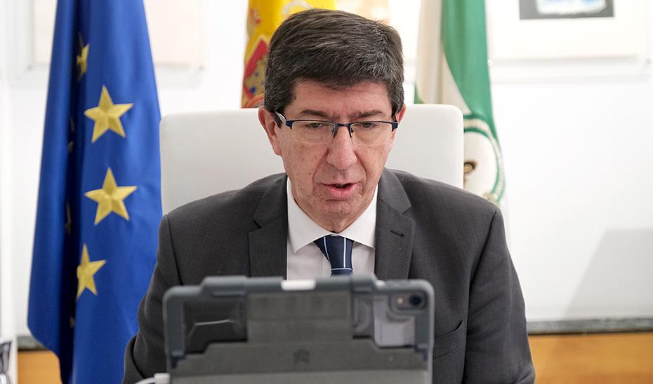 El vicepresidente de la Junta, Juan Marín, comparece por videoconferencia ante la Diputación Permanente del Parlamento de Andalucía.