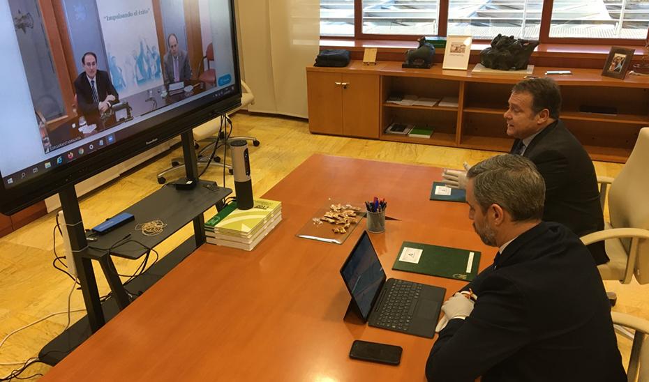 Hacienda y Garántia firman un convenio para facilitar préstamos a autónomos y pymes