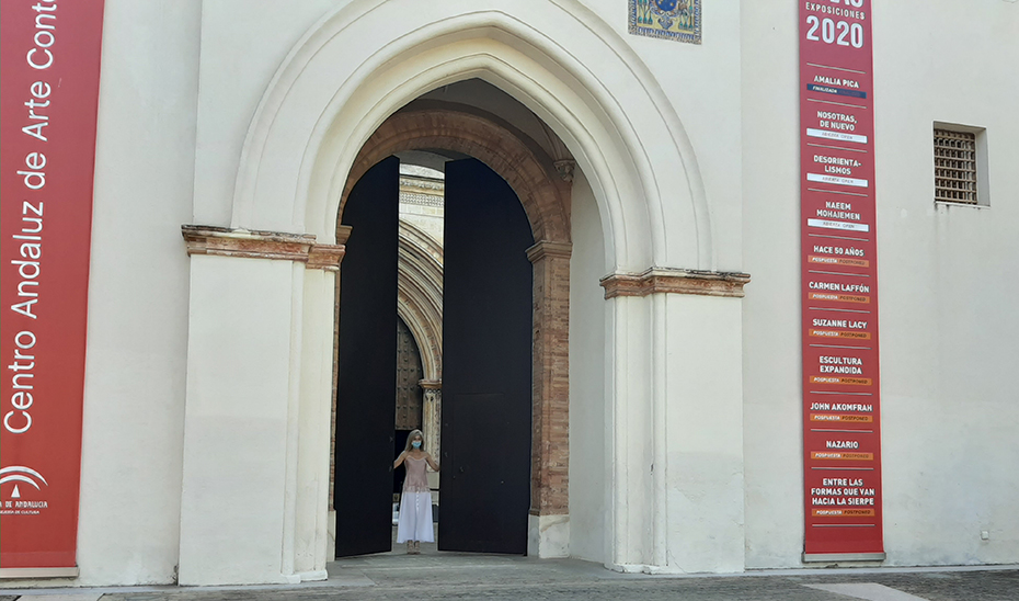 La Consejera de Cultura y Patrimonio Histórico, Patricia del Pozo, abre las puertas del Centro Andaluz de Arte Contemporáneo.