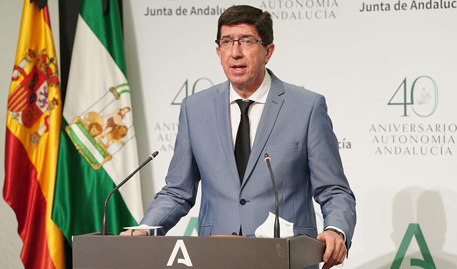 Marín anuncia que las empresas turísticas podrán solicitar el distintivo 'Andalucía Segura' la próxima semana