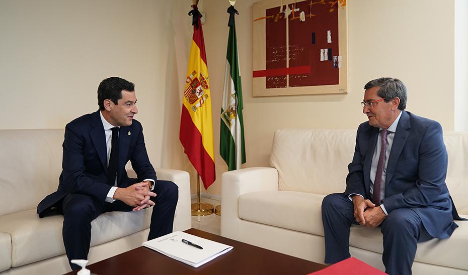 Diálogo y colaboración con ayuntamientos y diputaciones