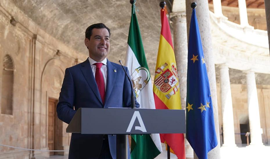 Juanma Moreno informa de la puesta en marcha del Plan Alhambra, dotado con 23 millones
