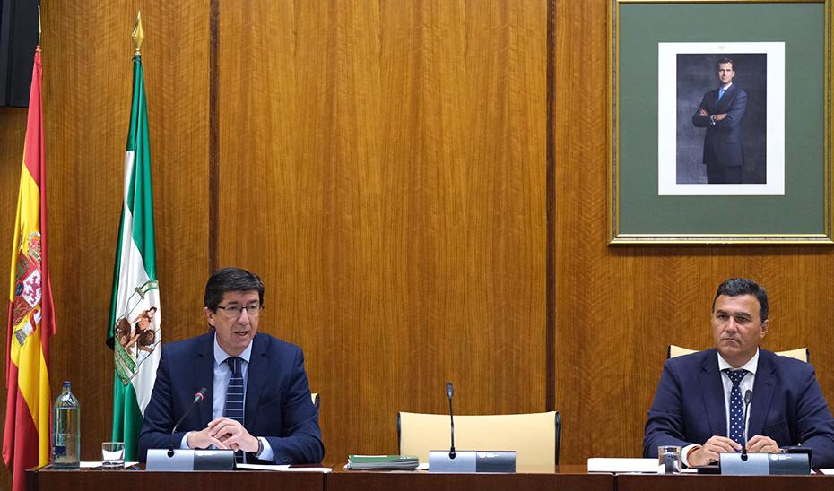 El vicepresidente de la Junta, Juan Marín, en la comisión de Justicia del Parlamento.