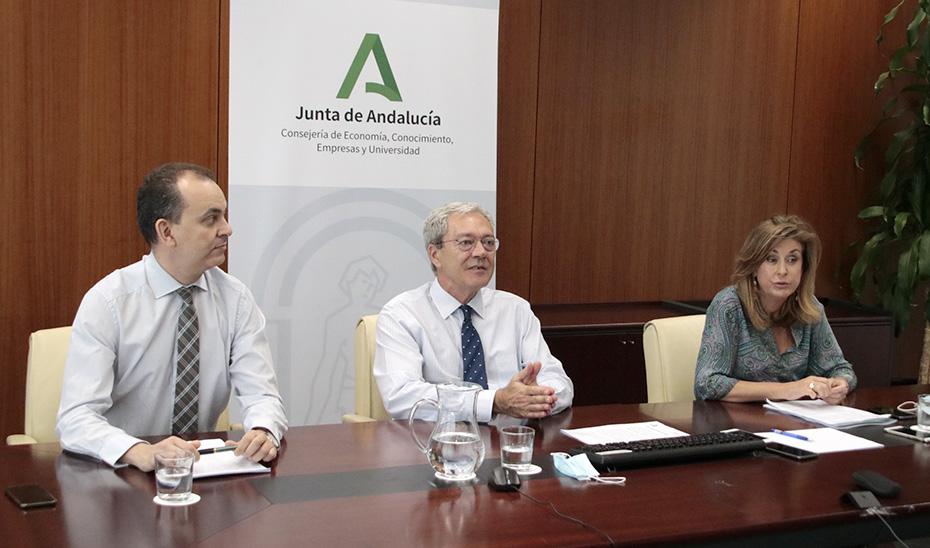 El consejero Rogelio Velasco, en la presentación del Programa Emergia.