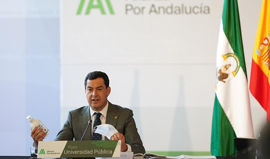La Junta de Andalucía extenderá el uso obligatorio de mascarillas tanto en recintos abiertos como cerrados