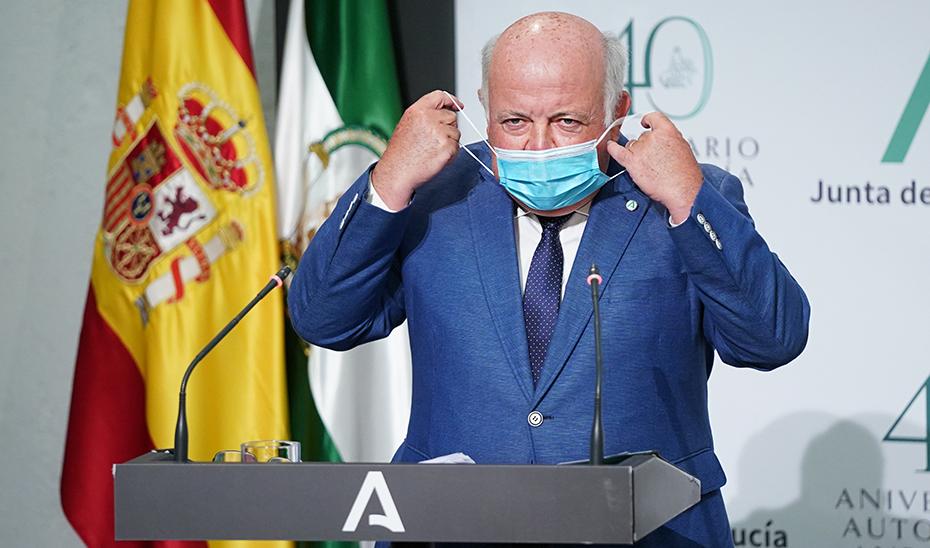 Jesús Aguirre informa e la orden por la que se establece el uso obligatorio de la mascarilla