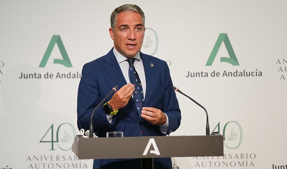 Elías Bendodo informa del acuerdo con los rectores sobre los planes de contingencia de las Universidades frente al Covid-19