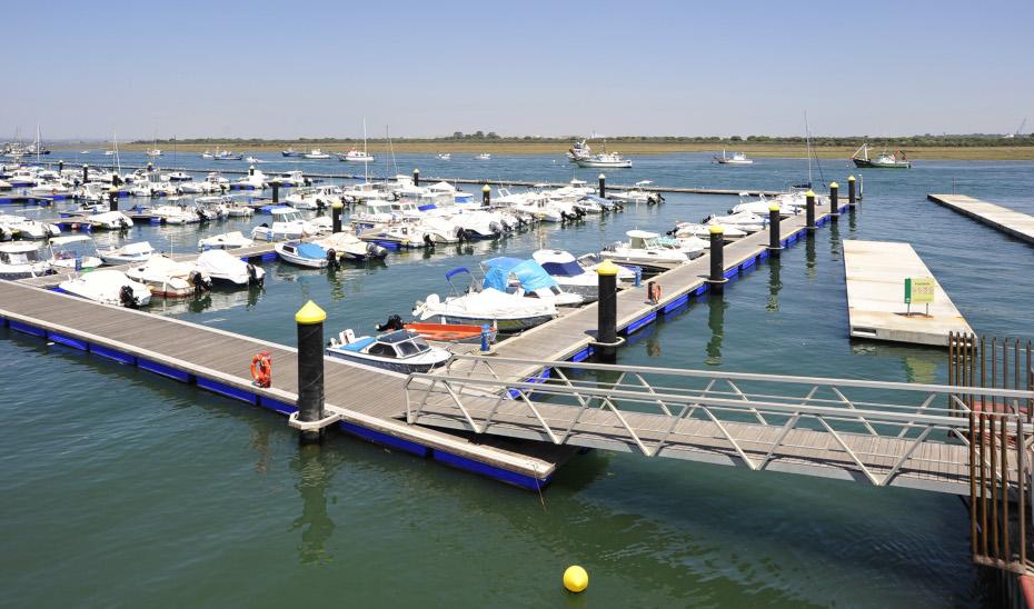 Puerto de Punta Umbría, en Huelva.