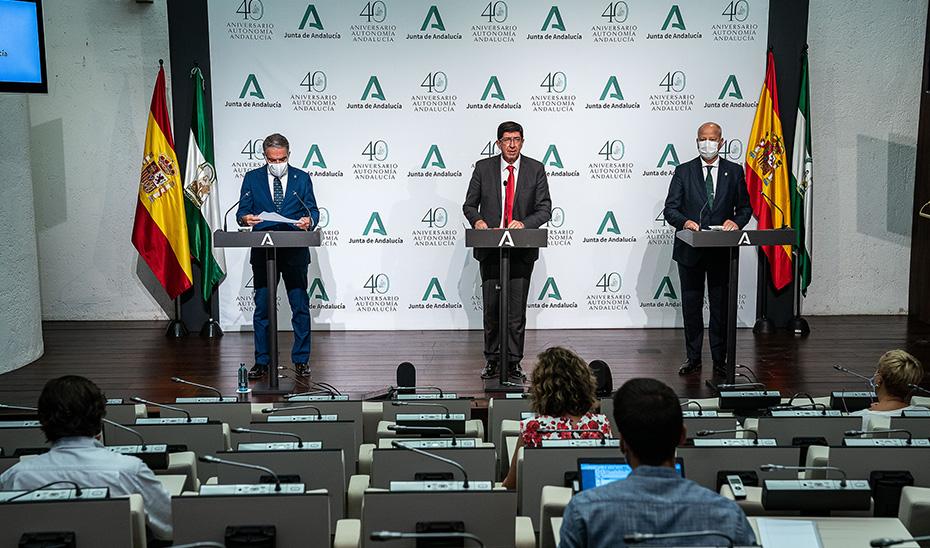 Comparecencia informativa de Marín, Bendodo e Imbroda tras el Consejo de Gobierno (audio íntegro)