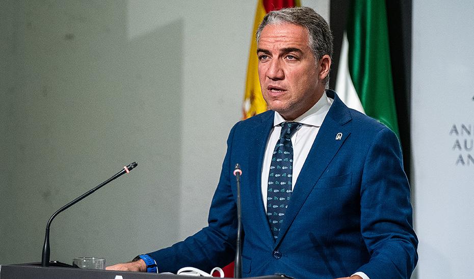 Andalucía agiliza los trámites ante una eventual restricción de movilidad o cierre de centros