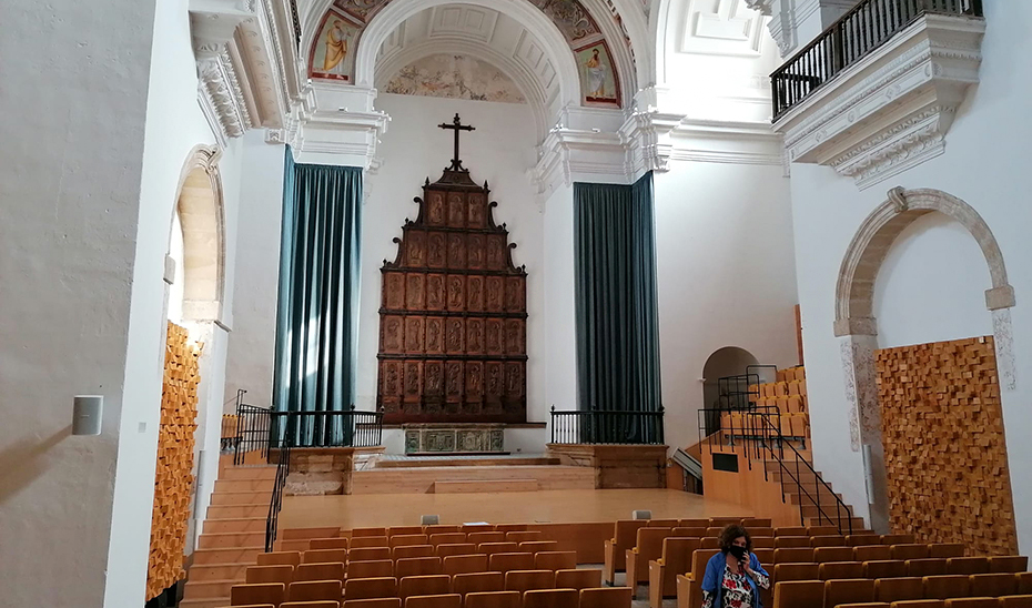 Auditorio del Hospital de Santiago, antigua capilla.