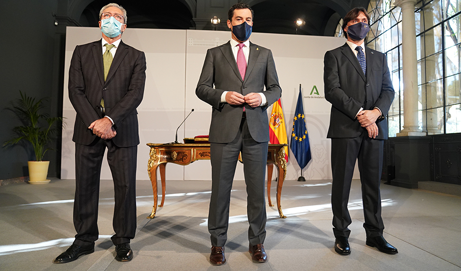 """Moreno resalta el compromiso con las universidades, """"palanca para la reconstrucción económica y social de Andalucía"""""""