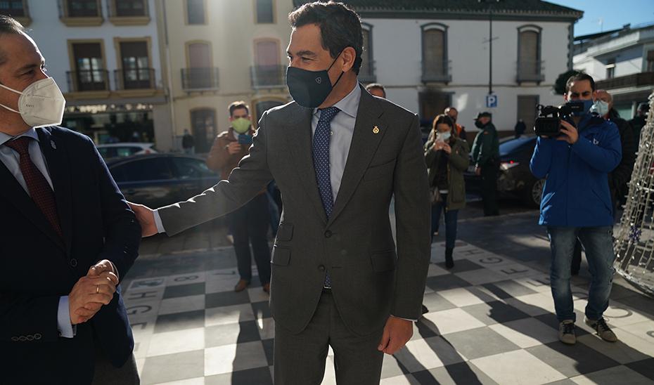 Estabilidad y transparencia, señas del Gobierno andaluz